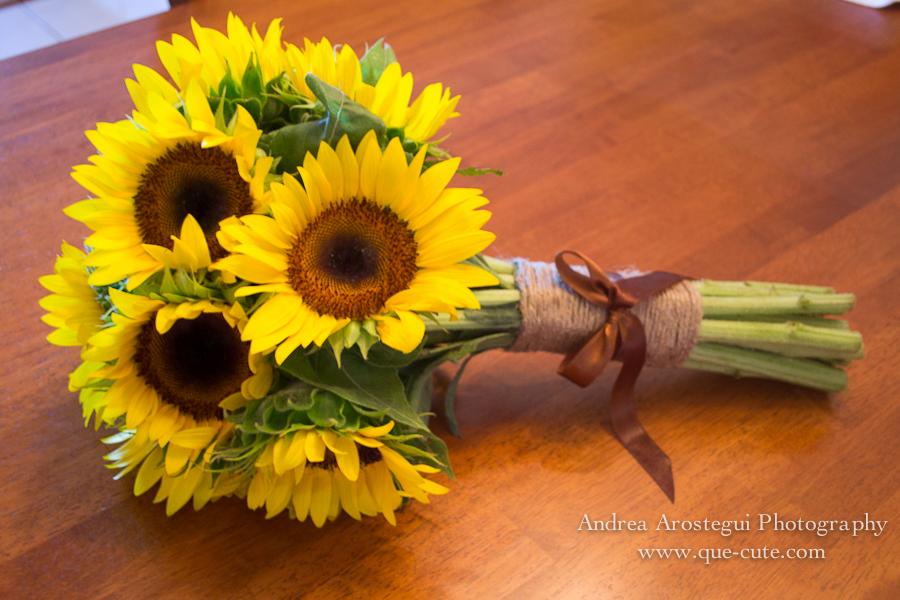 Diy sunflower bouquet miami wedding photographer andrea